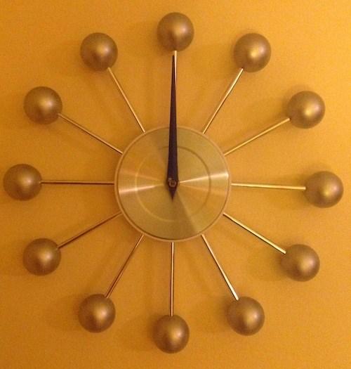 Midnight on clock face